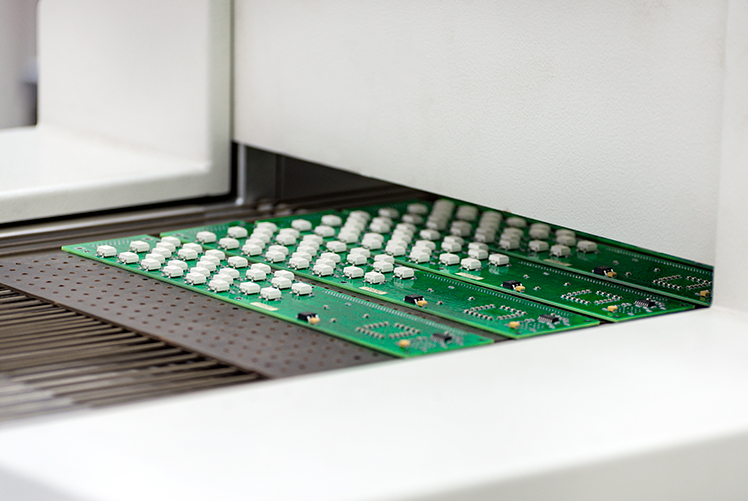 PCB exit from the Pyramax 150N z12 from BTU